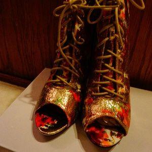 NWOT EYE CANDIE Lace Up Heels